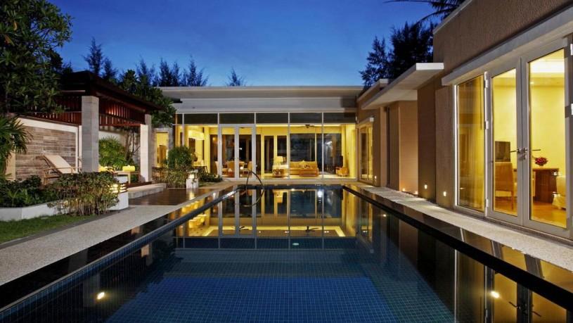 Centara-Grand-West-Sands-Resort-1