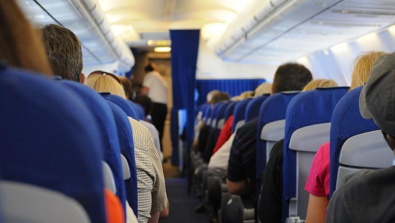 Šta raditi ako vam ispadne telefon u avionu?