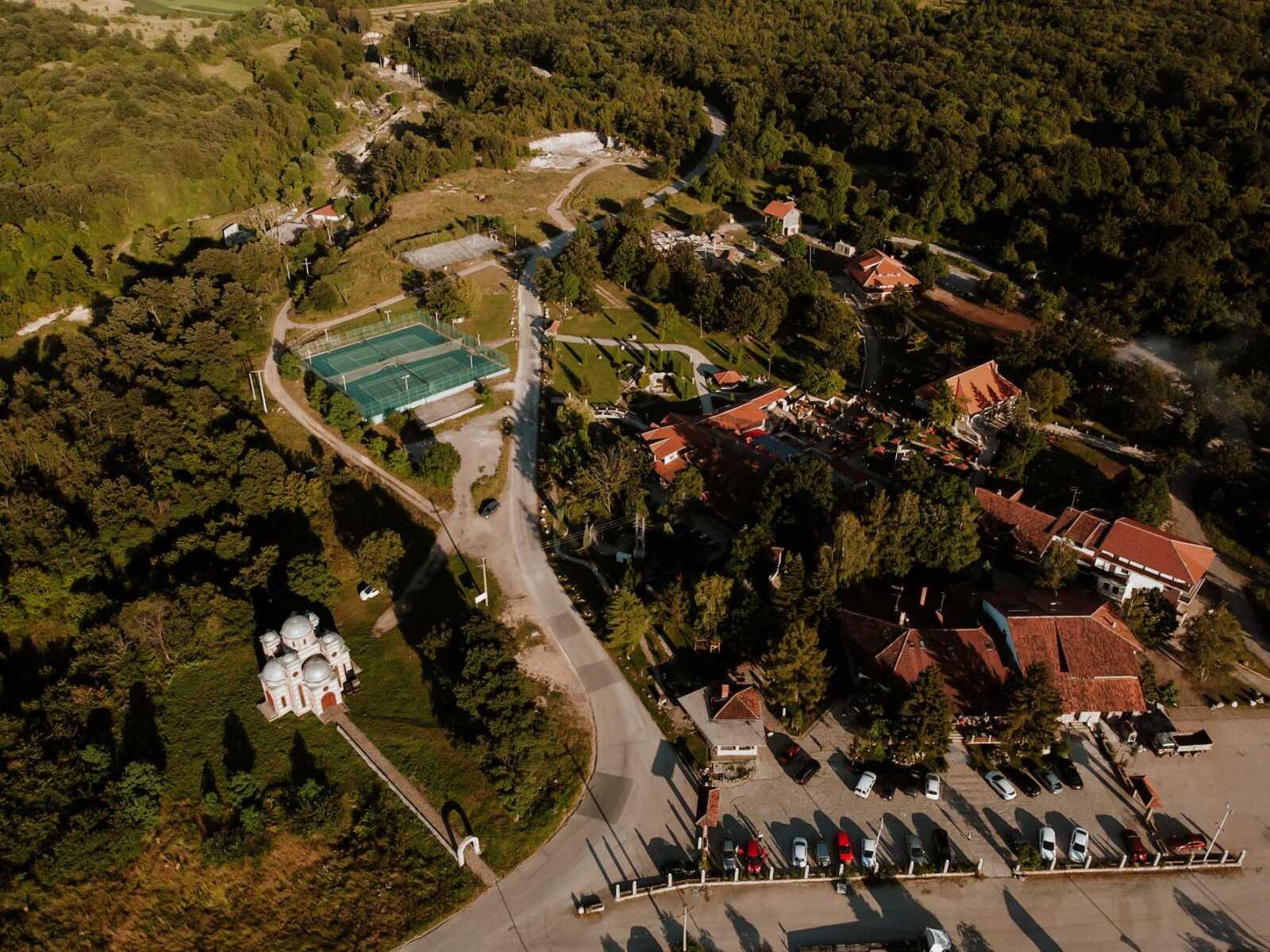 Zimovanje, Srbija, Rtanj, Etno Hotel Rtanj Balašević, kompleks