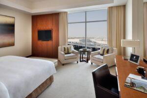 Jw Marriott Marquis Hotel-Dubai-Jumbo Travel-king deluxe room