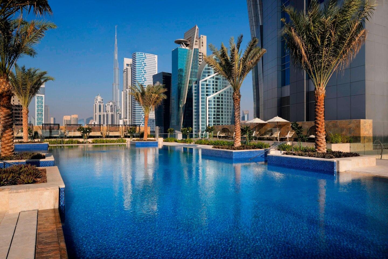 Jw Marriott Marquis Hotel-Dubai-Jumbo Travel-outdoor swimming poll