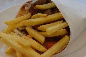 Larnaka, Kipar - giros pita
