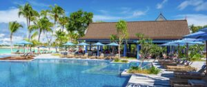 SAii Lagoon Maldives, Curio Collection by Hilton-Jumbo Travel-pool