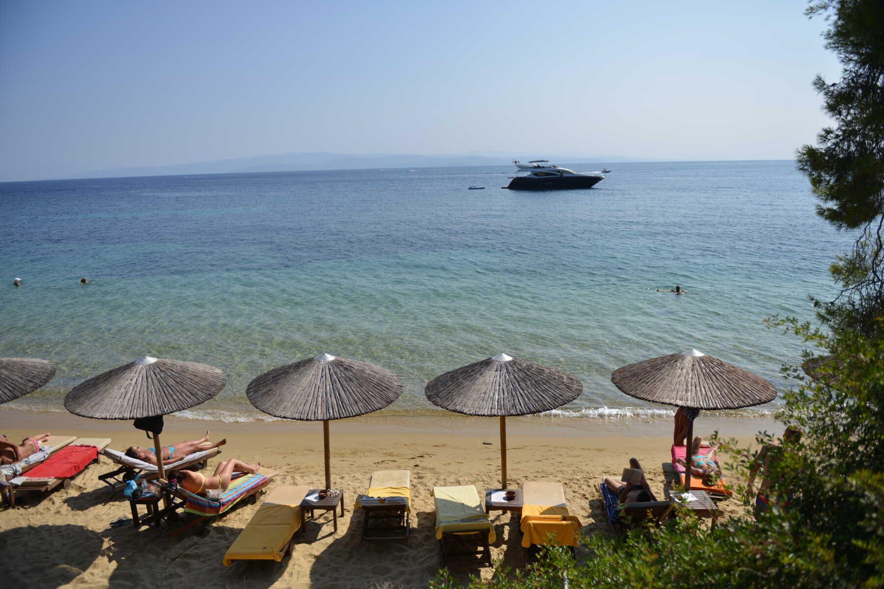 Skijatos Grčka - pogled na plažu i pučinu