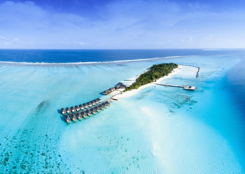 Summer Island-Maldivi-Jumbo Travel-island overview
