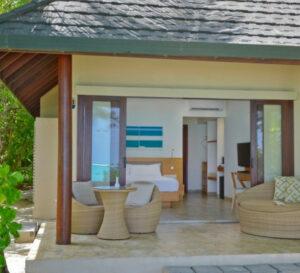Summer Island-Maldivi-Jumbo Travel-premium beach villa