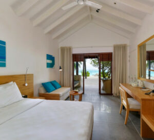 Summer Island-Maldivi-Jumbo Travel-superior beach