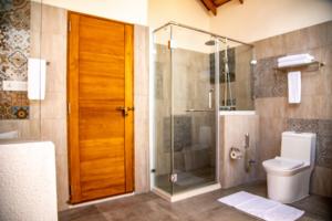 Reethu Faru Resort-Maldivi-Jumbo Travel-bathroom