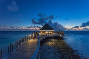 Bandos Maldivi-Jumbo Travel-huvan