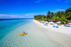 Kurumba -Maldivi-Jumbo Travel-beach overview