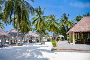 Reethu Faru Resort-Maldivi-Jumbo Travel-beach