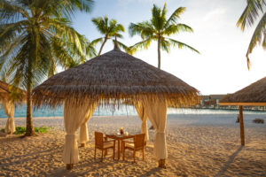 Reethu Faru Resort-Maldivi-Jumbo Travel-beach sunset