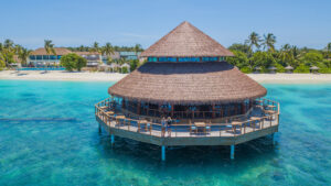 Reethu Faru Resort-Maldivi-Jumbo Travel-overview beach