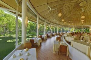 Dreamland Maldivi-Jumbo Travel-restaurant lakeview