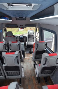 Jumbo-Travel-prevoz-putnika-minibus-18-21